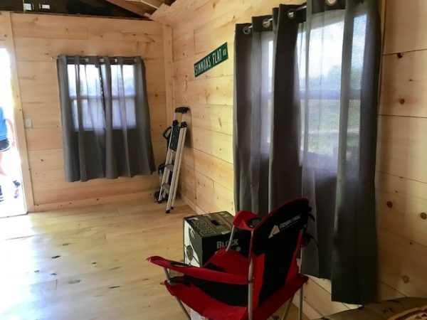 How to Pick a Hunting Cabin in Brown County Illinois - an inside view