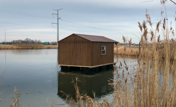 Creative Shed ideas - floating fishing cabin